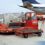 1986_Containertransporter MC 7A am Flughafen Hamburg